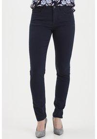 Fransa - FRHASNAP - Jeans Slim Fit - dark peacoat - 0