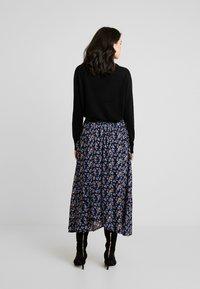 Fransa - FRESCOUNTRY SKIRT - Wrap skirt - black mix - 2