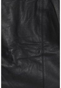 Fransa - FRFALEATHER - Minikjol - black - 5