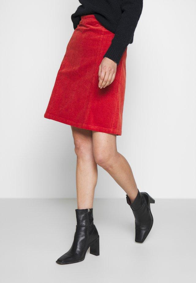 SKIRT - Áčková sukně - ketchup