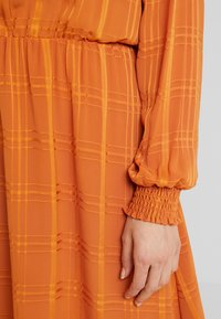 Fransa - FRESQUARE DRESS - Day dress - autumnal - 6
