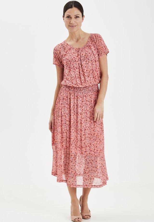 FRITMESH  - Korte jurk - shell pink