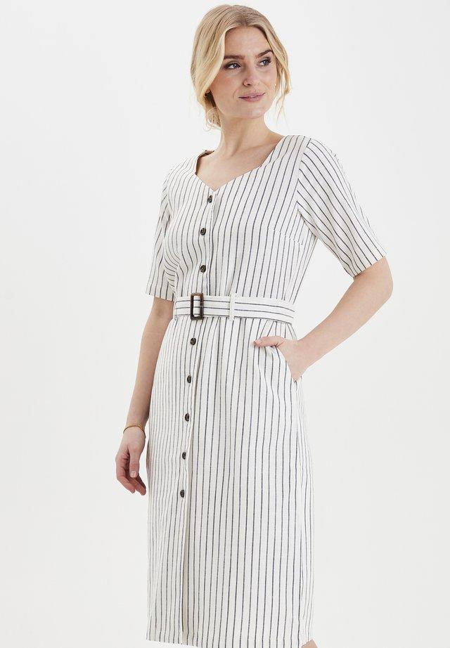 FRJALINEN - Skjortklänning - white mix