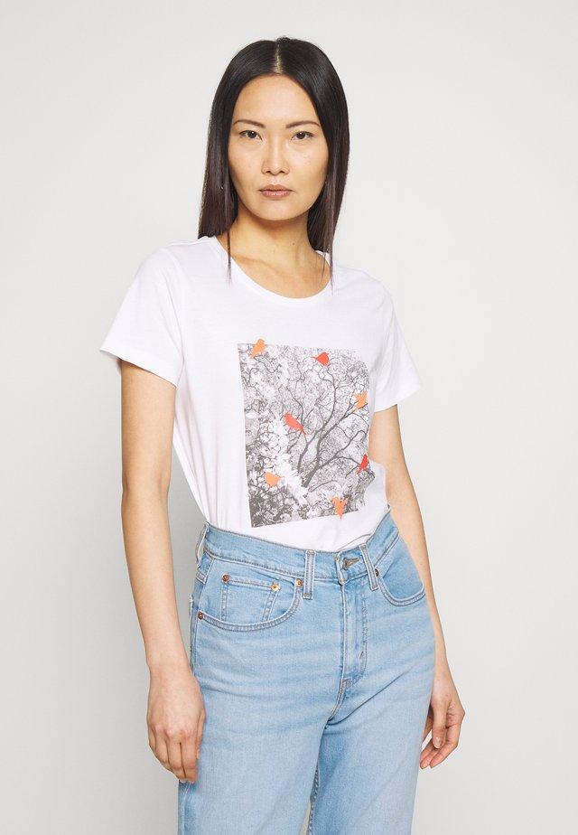 FRITORGA  - T-Shirt print - white/red