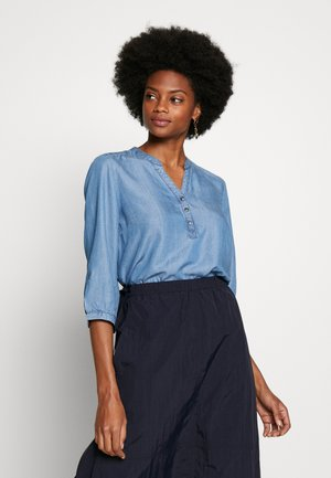 FRIVSHIRT BLOUSE - Bluzka - skye blue denim