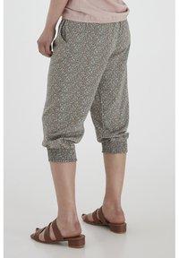Fransa - 6 PANTS - Shorts - hedge mix - 3