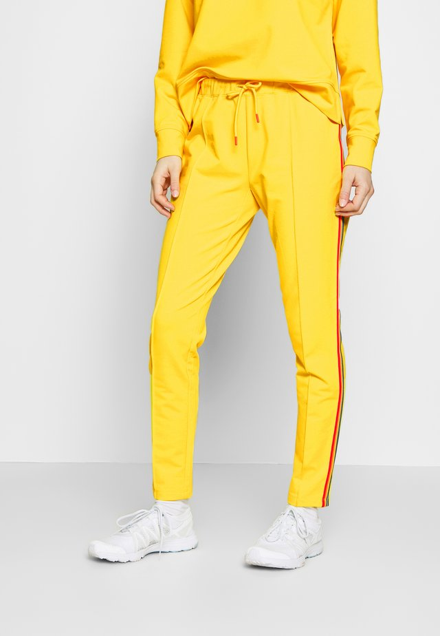 THEA - Joggebukse - yellow