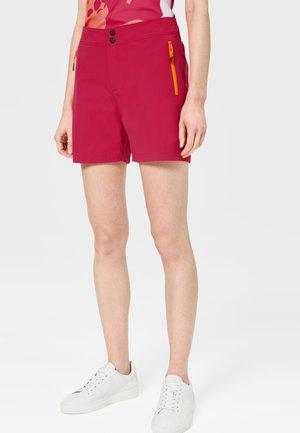 Sports shorts - fuchsia