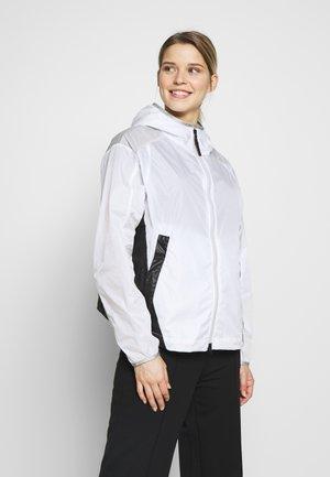 FRANKA - Outdoorová bunda - white
