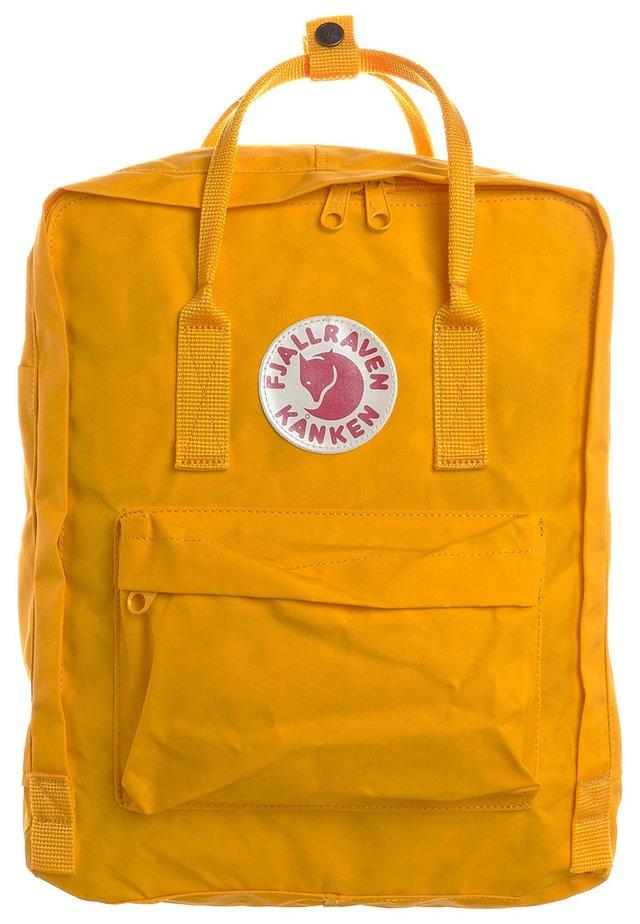 KÅNKEN - Tagesrucksack - warm yellow