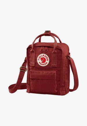 KÅNKEN SLING - Sports bag - red