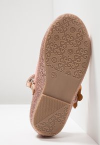 Friboo - Ankle strap ballet pumps - rose gold - 4