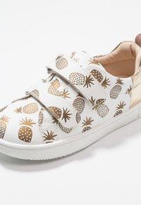 Friboo - Sneakersy niskie - white - 2