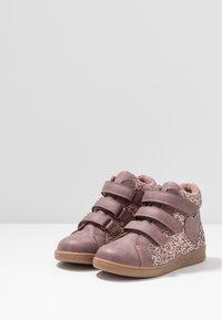 Friboo - Sneakersy wysokie - mauve - 3