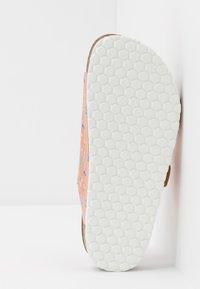 Friboo - Slippers - rose gold - 5