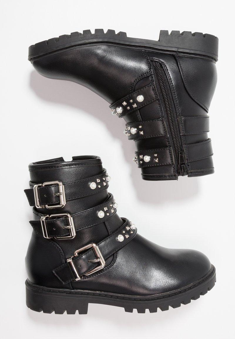 Friboo - Cowboy/biker ankle boot - black