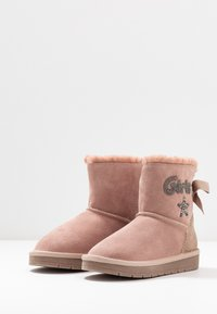 Friboo - Classic ankle boots - rose - 3