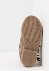 Friboo - Classic ankle boots - taupe - 5