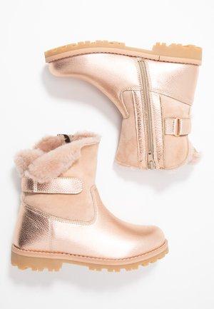 Korte laarzen - rose gold