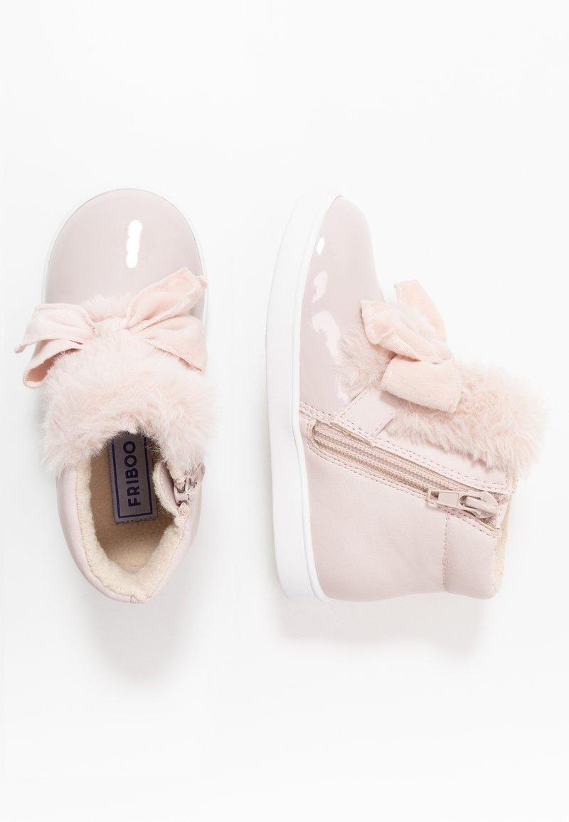 Friboo - Korte laarzen - unilight pink