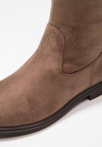 Friboo - Vysoká obuv - taupe - 2