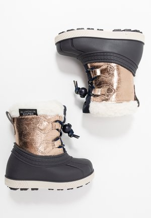 Winter boots - gold