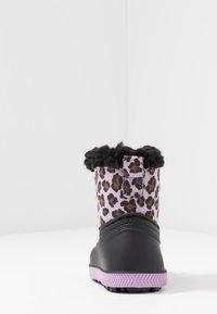 Friboo - Botas para la nieve - black/violett - 4