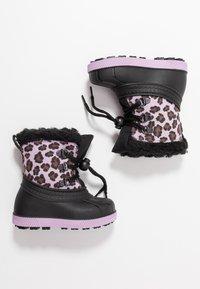 Friboo - Botas para la nieve - black/violett - 0