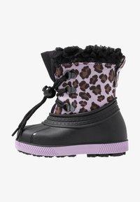 Friboo - Botas para la nieve - black/violett - 1