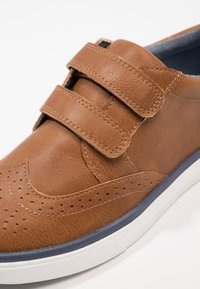 Friboo - Touch-strap shoes - cognac - 2