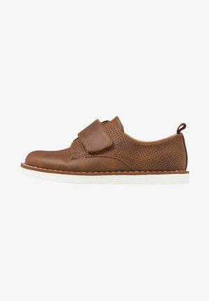 Boty se suchým zipem - brown