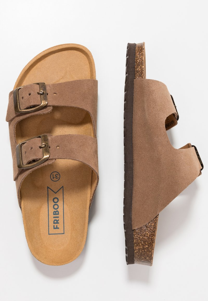 Friboo - Slippers - brown