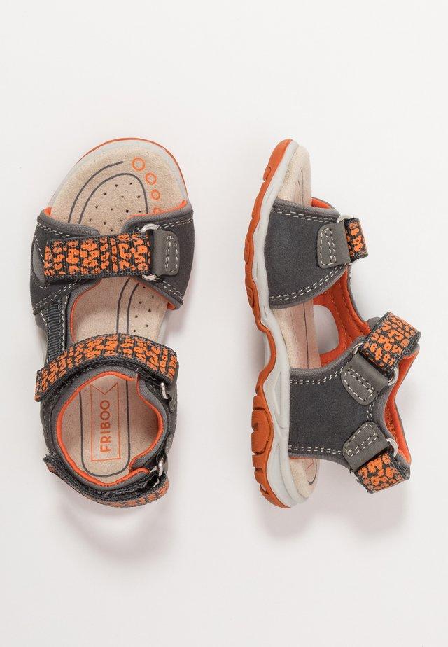 Chodecké sandály - dark gray