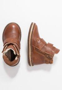Friboo - Korte laarzen - brown - 0