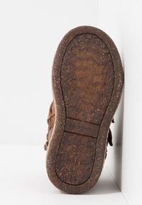 Friboo - Korte laarzen - brown - 5