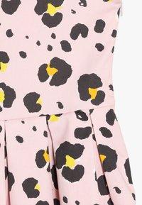 Friboo - Day dress - light pink - 3