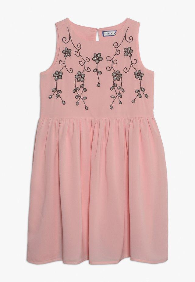 Denní šaty - powder pink