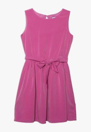 Day dress - super pink