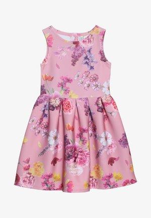 Žerzejové šaty - cameo pink