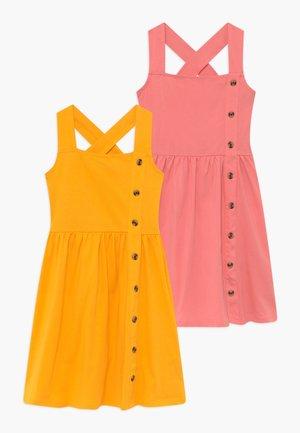 2 PACK BUTTON DOWN - Žerzejové šaty - strawberry ice/citrus