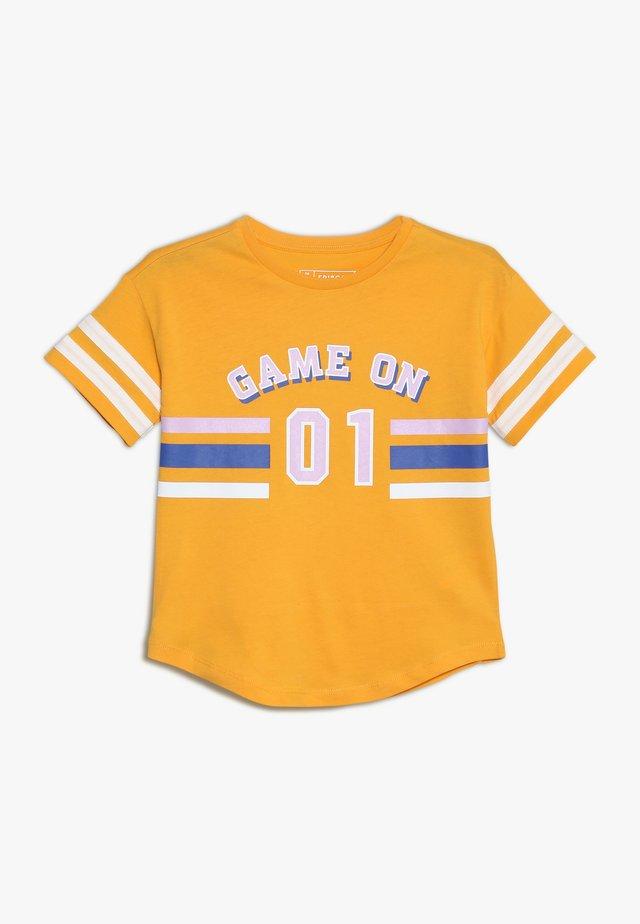 T-Shirt print - cadmium yellow