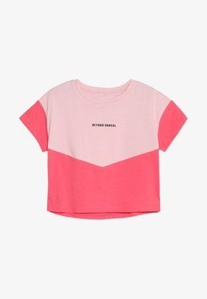Triko spotiskem - cameo pink