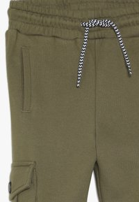 Friboo - Pantalones deportivos - military olive - 4