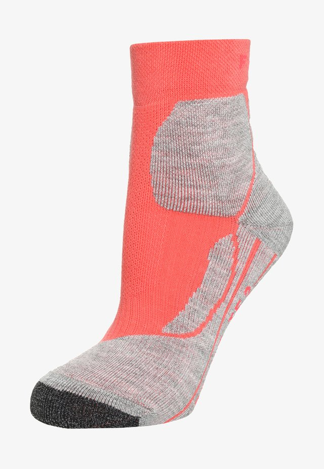 TE 2 SHORT - Sports socks - light hibiskus