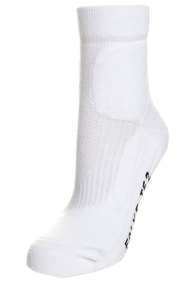 TE 2  - Sports socks - white