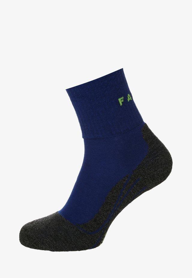 SHORT COOL - Sports socks - yve