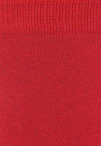 Falke - FAMILY - Chaussettes - scarlet - 1