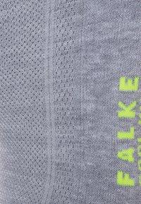 Falke - COOL KICK - Varrettomat sukat - light grey - 1