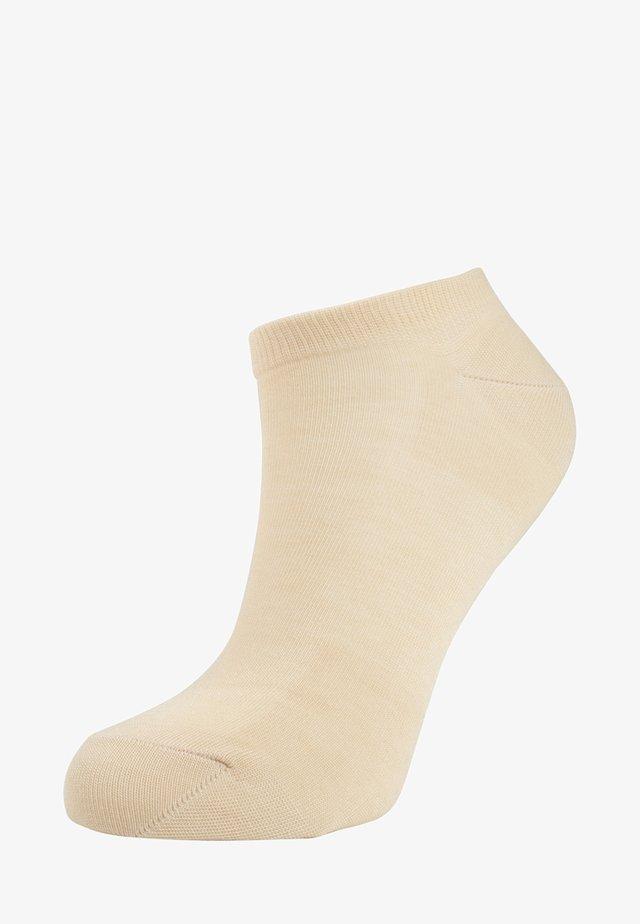 ACTIVEBREEZE - Socks - cream
