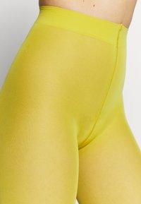 Falke - MATT DELUXE 30 DEN - Panty - deep yellow - 2